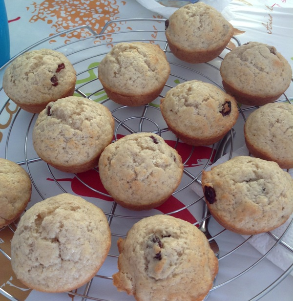 #80 muffins compote